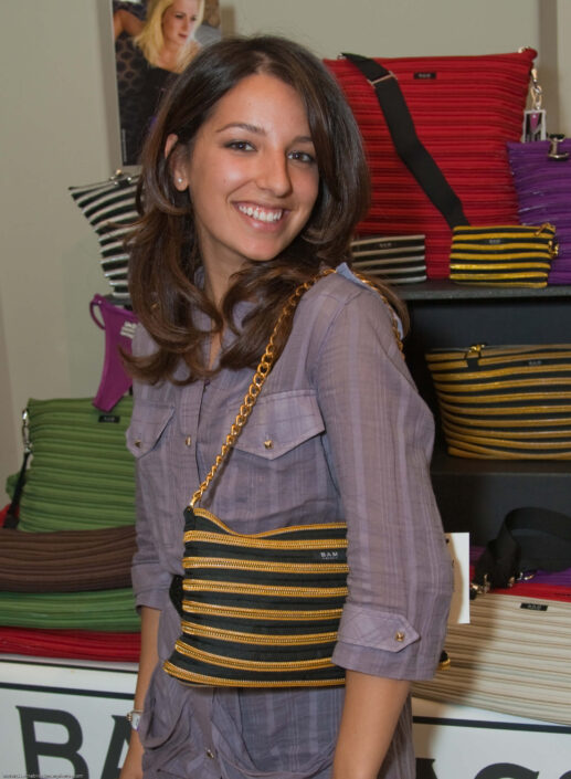 Vanessa Lengies wearing the Handbag